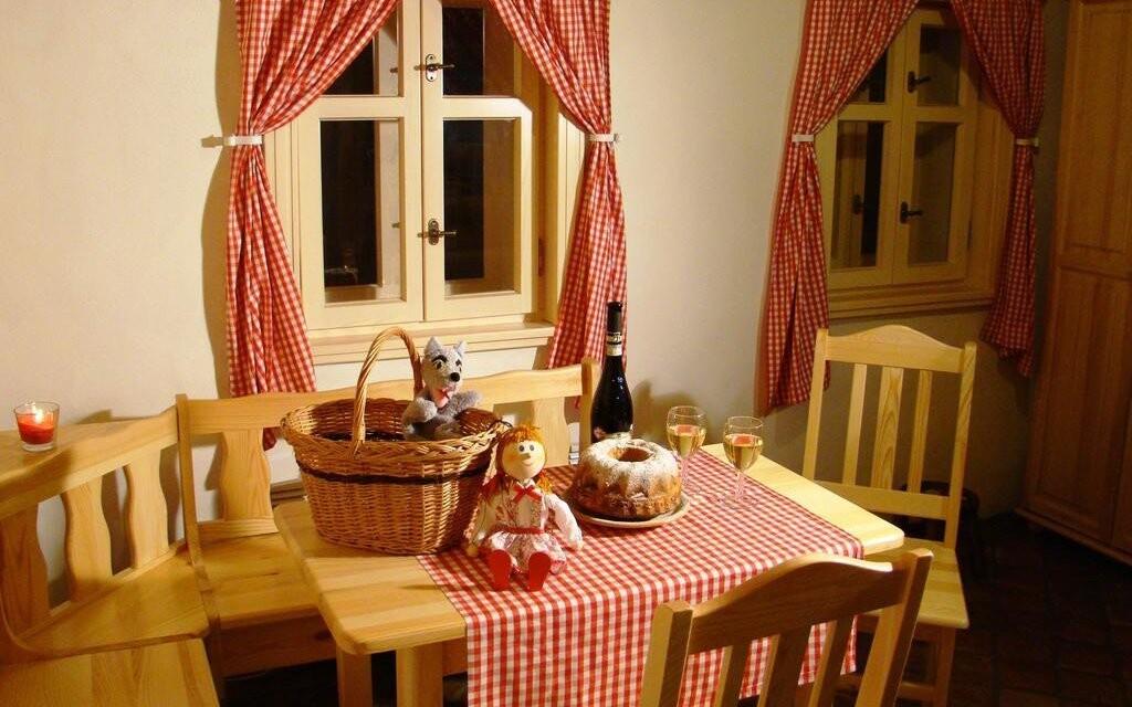 Pohádkovou vesničku budete mít v Hotelu Podlesí na dosah