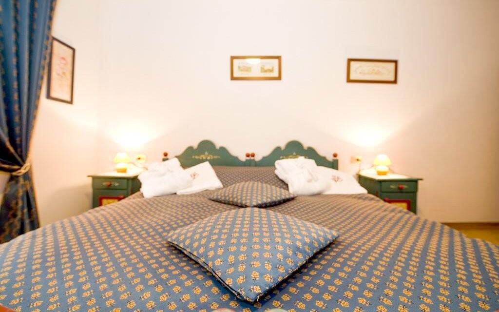 Pokoje jsou komfortní a útulné