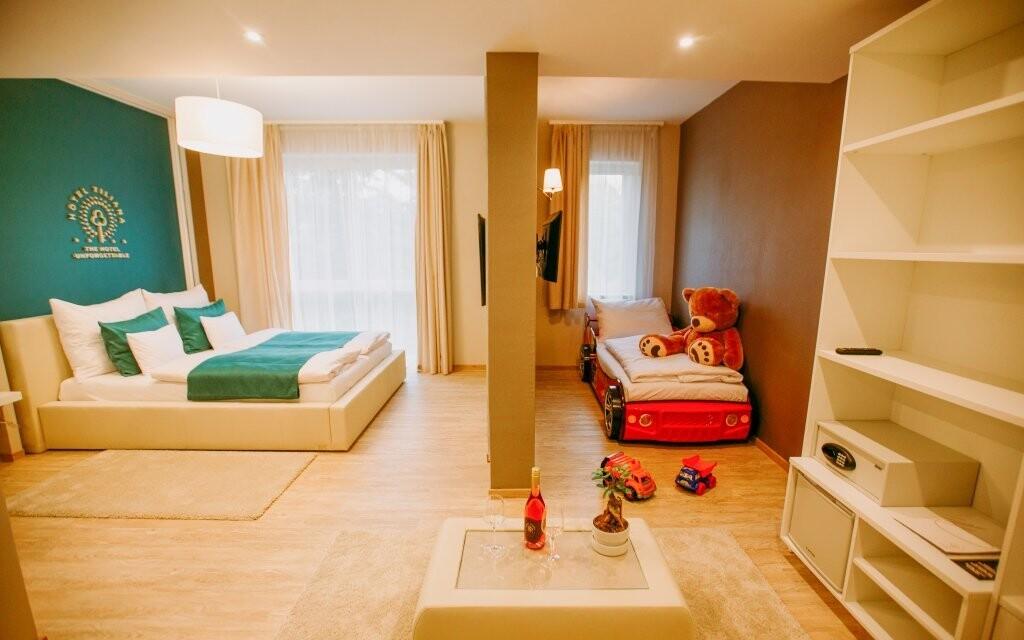 Pokoje jsou klimatizované a vybavené vším potřebným