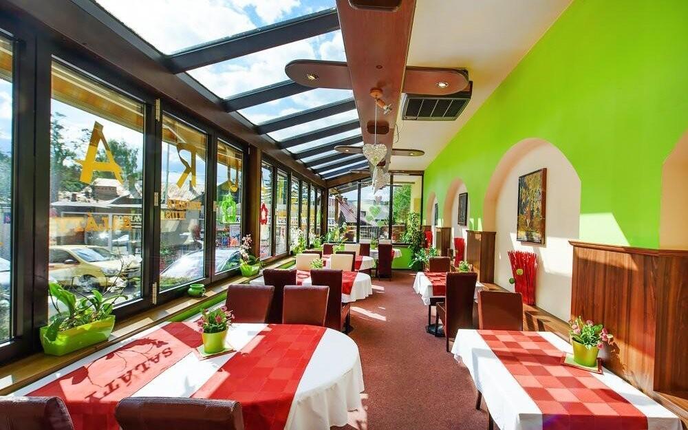V restauraci vás čeká bohatá polopenze