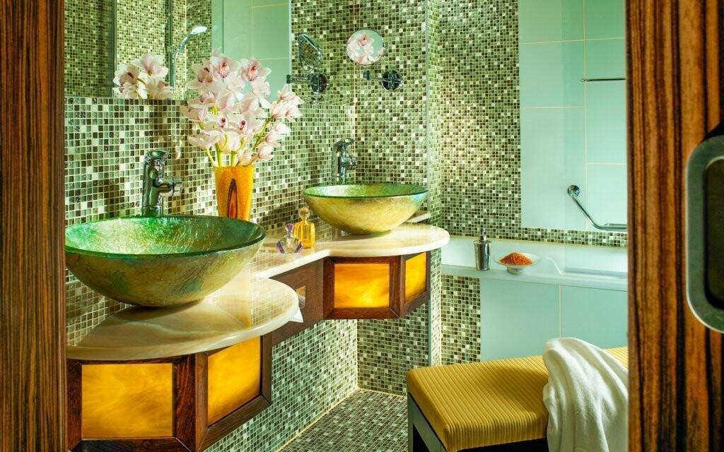 Koupelna s vanou, Hotel Savannah **** Znojmo