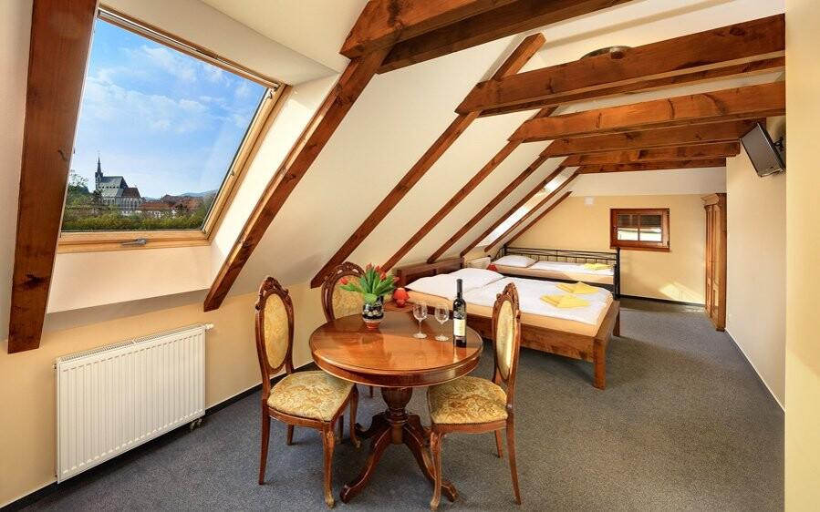 Ubytováni budete v krásných a pohodlných pokojích