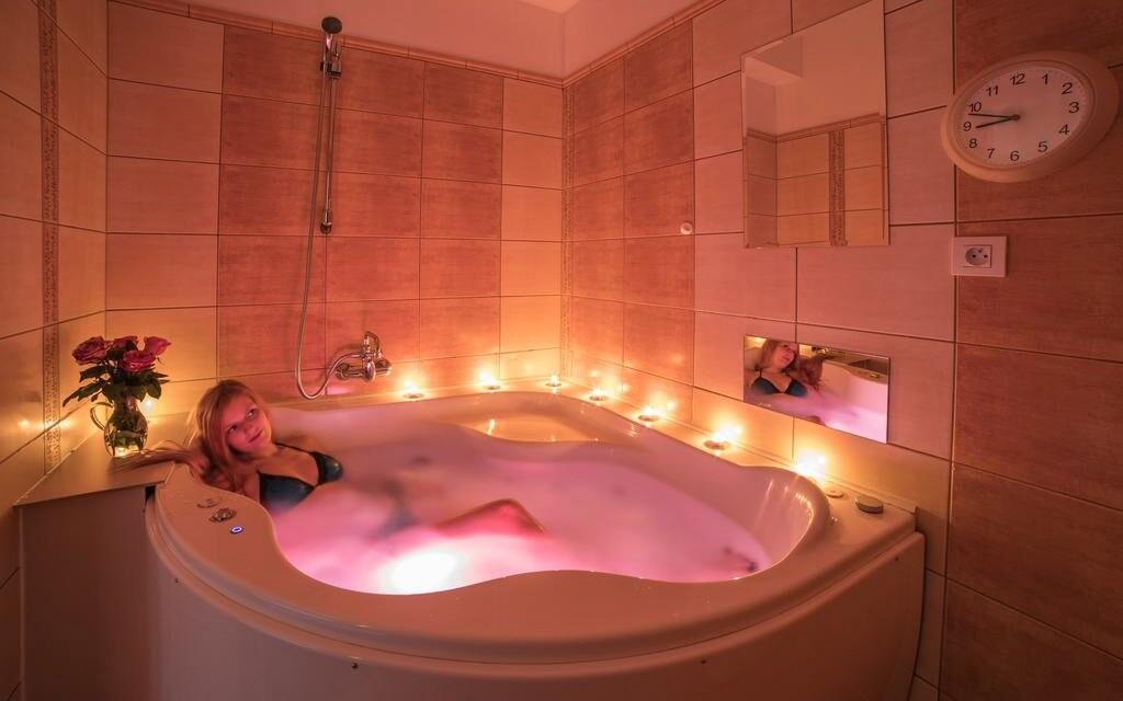 Vířivka, vana, koupel, wellness, Hotel Slovan, Jeseníky
