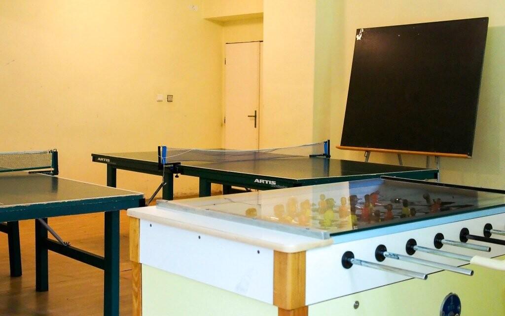 Můžete si zahrát ping pong nebo fotbálek