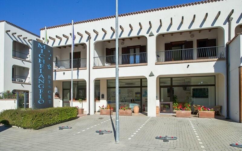 Michelangelo Hotel & Family Resort 500 metrů od moře