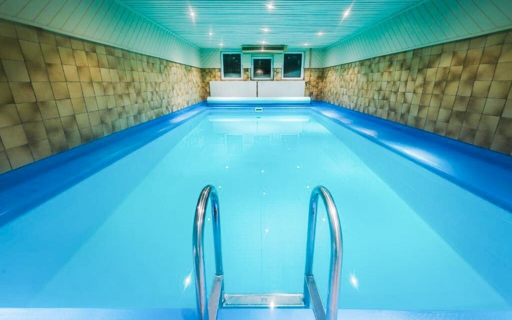 Užite si vnútorný bazén podľa ľubovôle