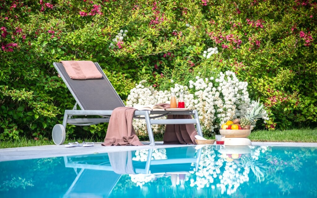Venkovní bazén si užijete neomezeně