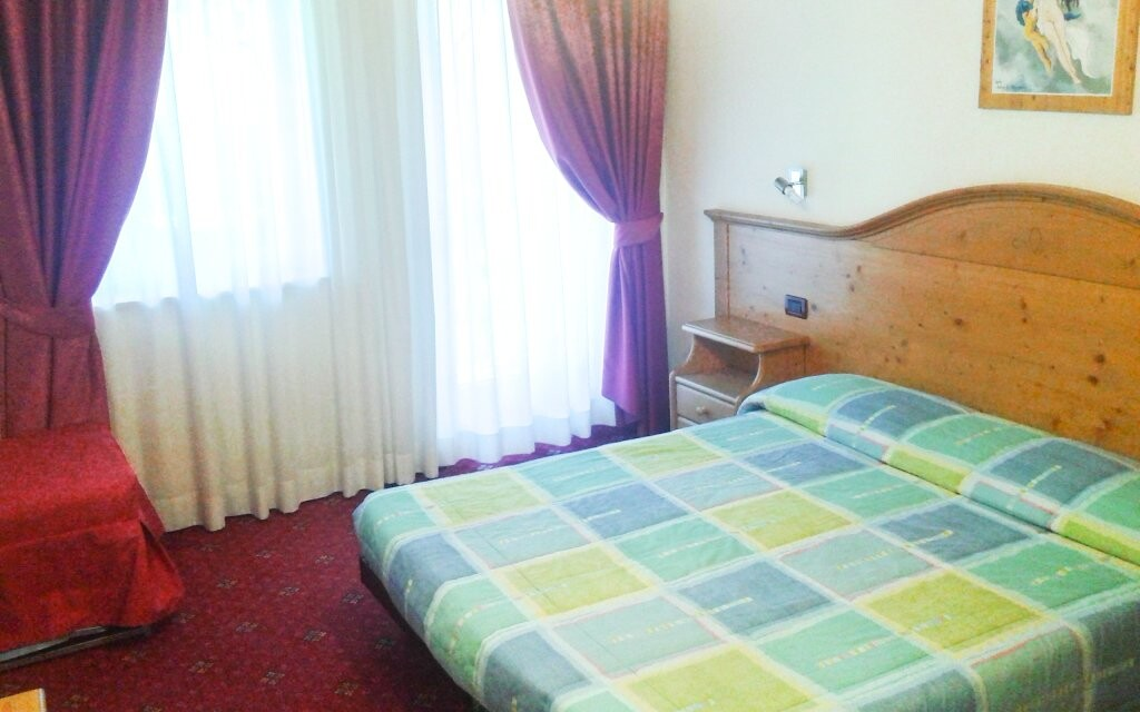 Ubytováni budete v pokojích typu Economy
