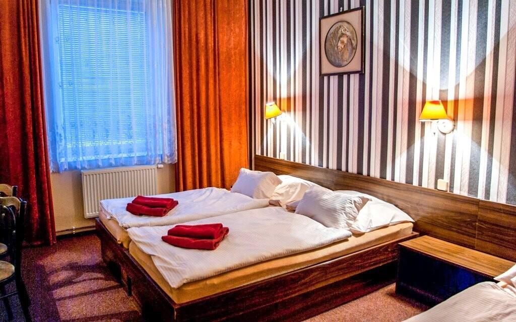 Ubytováni budete v pokojích Klasik