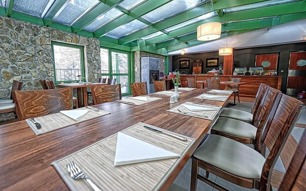 Poľská kuchyňa v Hoteli Modrzewiówka Krakov Poľsko