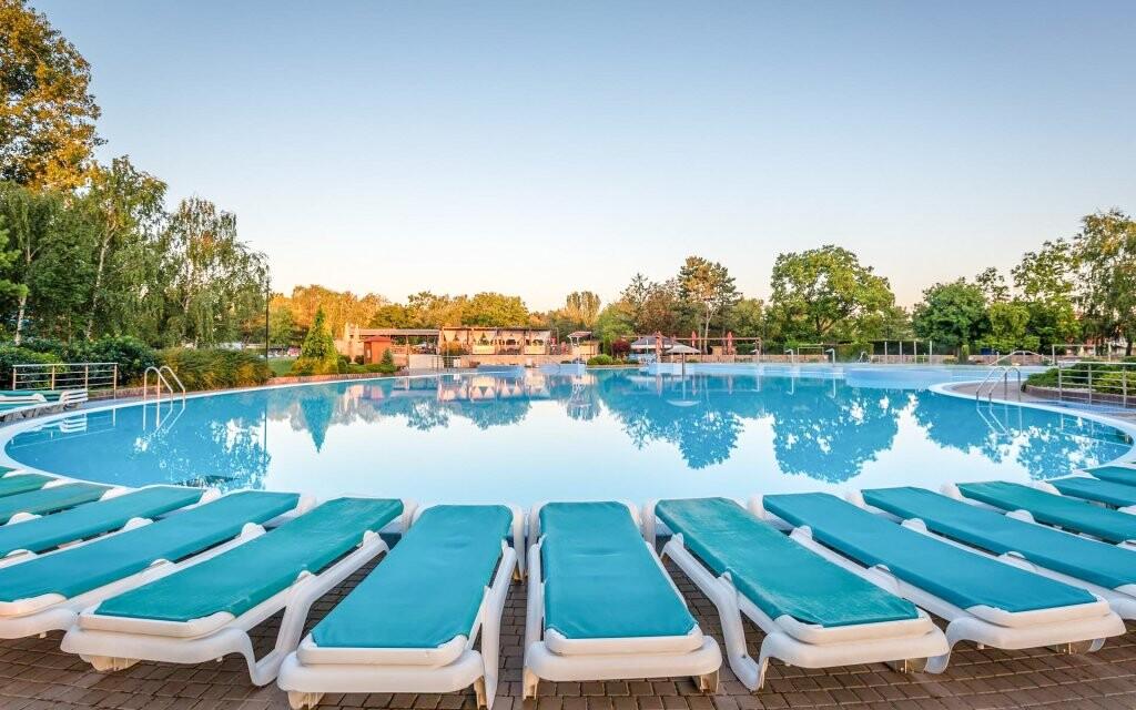 Venkovní bazén Thermalpark Dunajská Streda