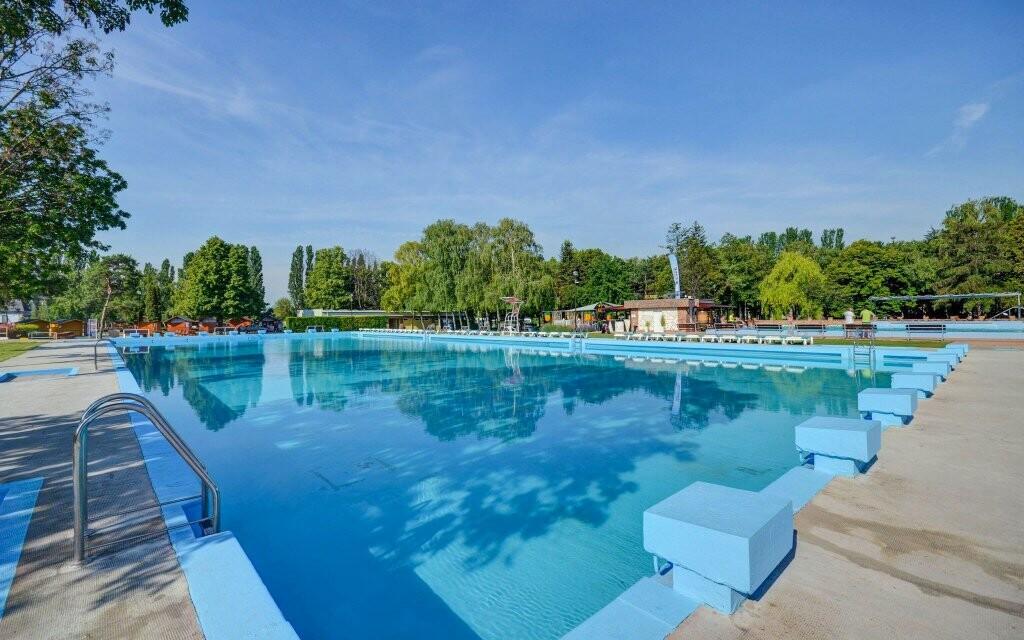 Plavecký bazén Thermalpark Dunajská Streda