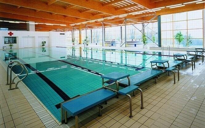 Poblíž je i plavecký bazén