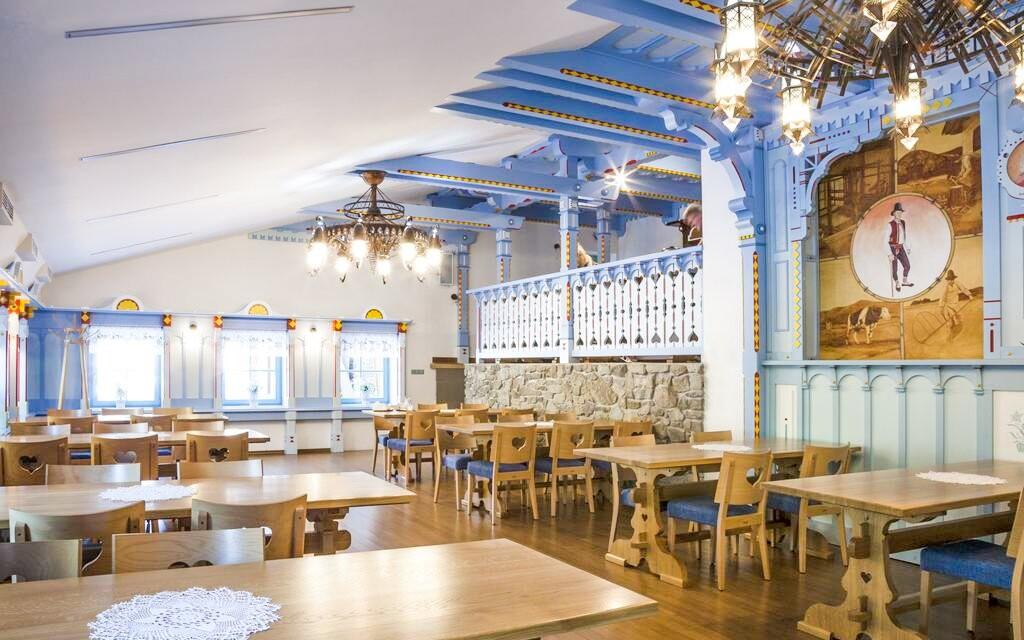 Tradiční restaurace v Hotelu Na Dolině *** Beskydy