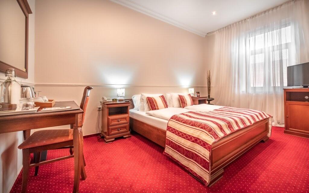 Komfortní dvoulůžkový pokoj, Hotel Capital ****, Nitra
