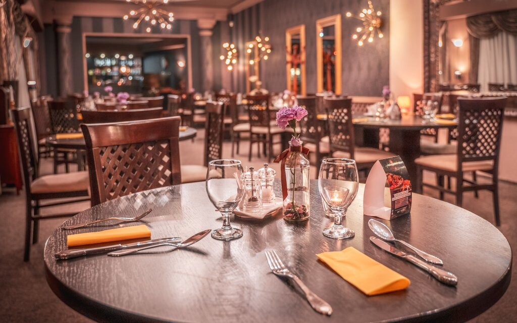 Elegantní restaurace, Hotel Capital ****, Nitra, Slovensko