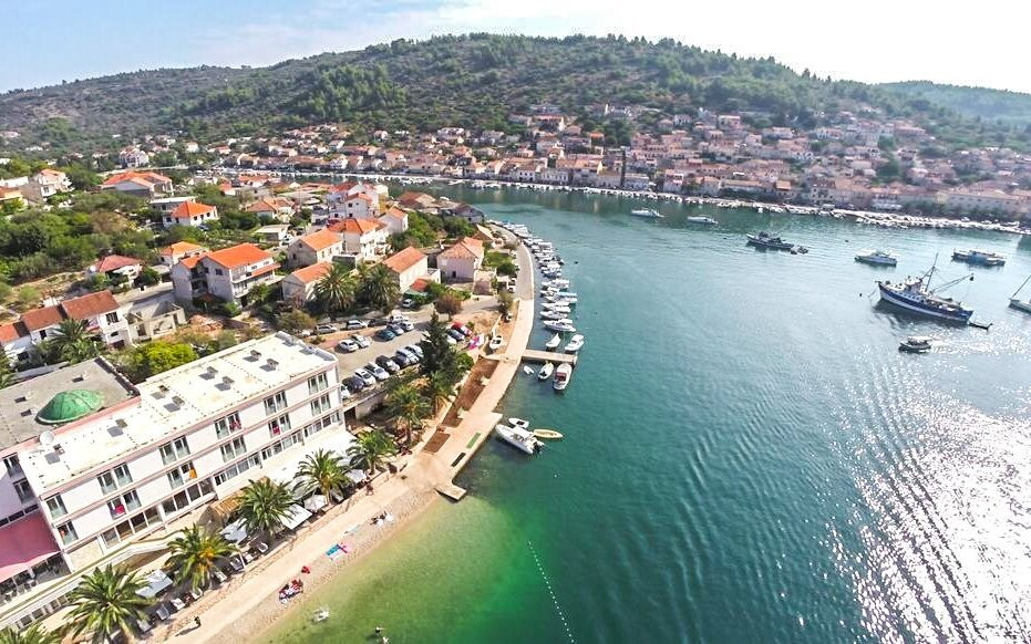 Letovisko Vela Luka u moře Chorvatsko