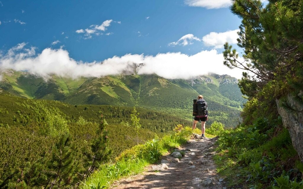 Vysoké Tatry - horská krajina a turista