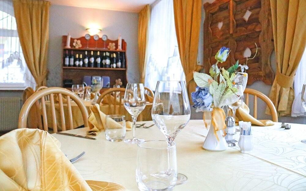 Reštaurácia v Hoteli Milano Vermiglio *** Passo Tonale