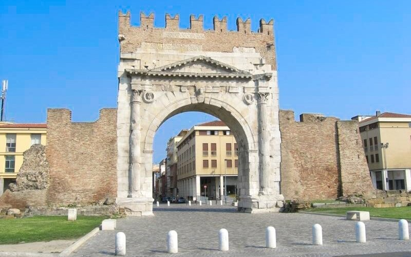 Poznejte památky historického centra Rimini, Itálie