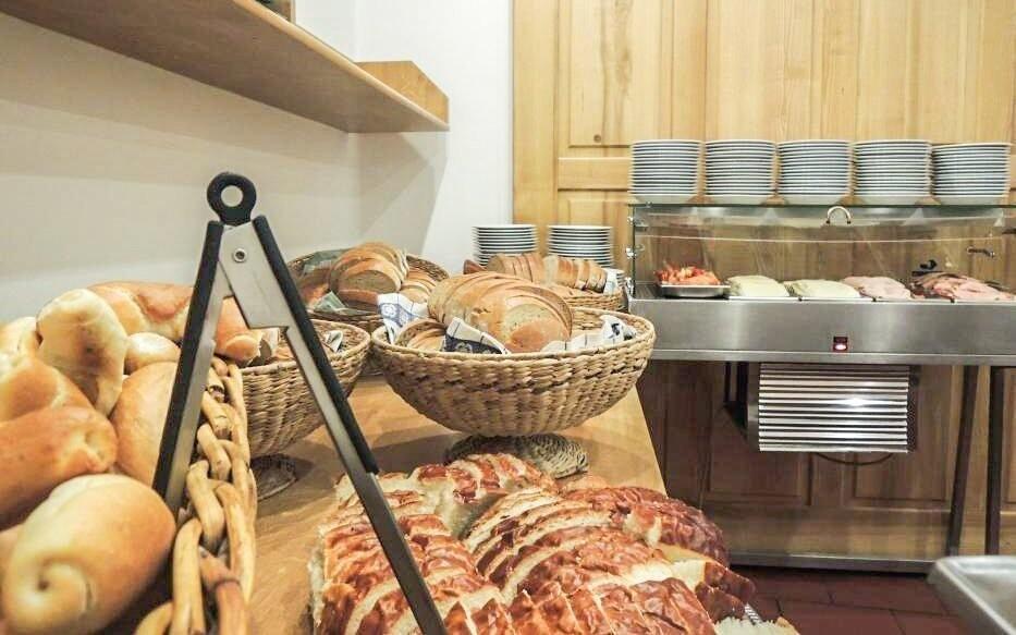 Raňajky v reštaurácii Hotela Praha *** Broumov