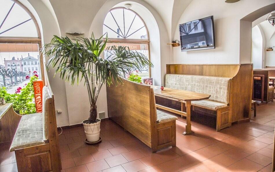 Kaviareň Hotel Praha *** Broumov