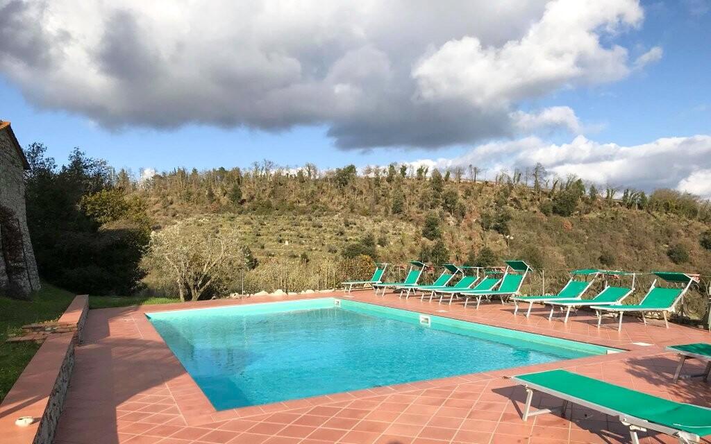 Venkovní bazén u Hotelu Villa Casalta Toskánsko Itálie