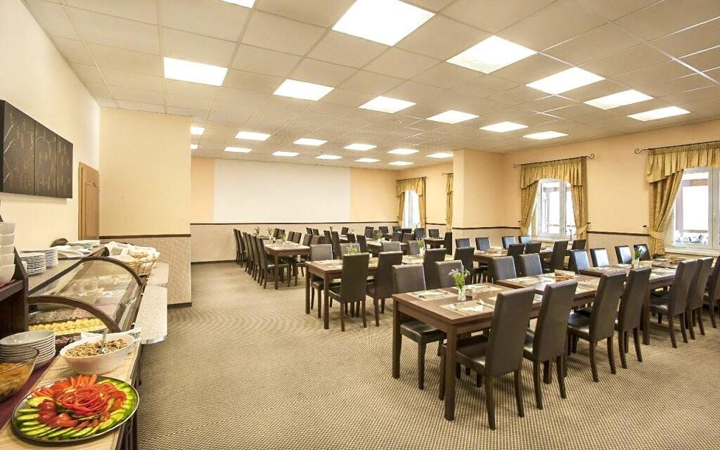 Polpenzia, reštaurácia v Hoteli Lions Rakovnicko
