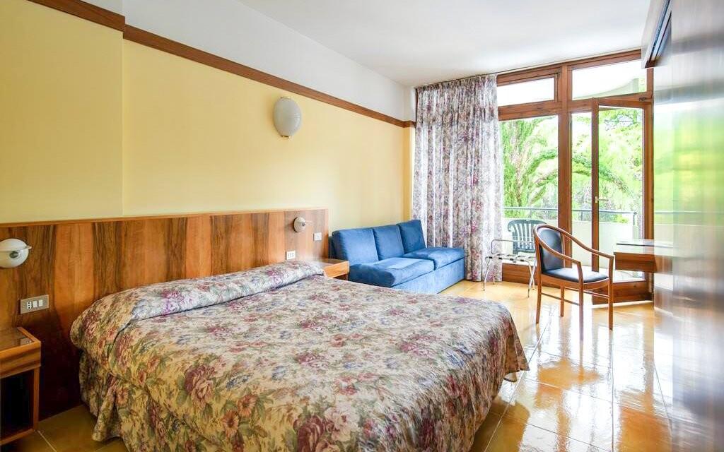 Komfortná izba v Hoteli Palme & Suite *** Lago di Garda