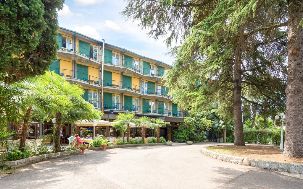 Hotel Palme & Suite ***, mestečko Garda, Lago di Garda