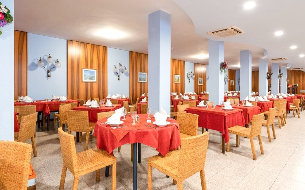 Reštaurácia Hoteli Palme & Suite ***, polpenzia Taliansko
