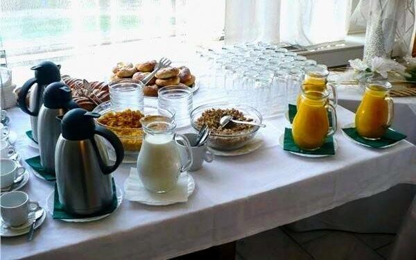 Vychutnajte si bohaté raňajky, Hotel Baťov, Slovácko