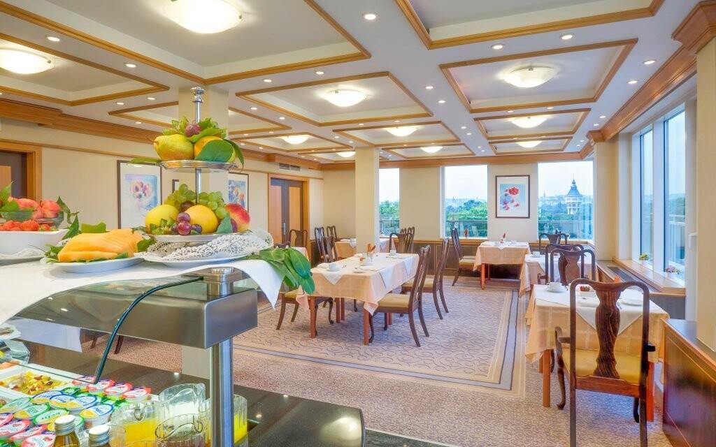 Bohaté raňajky, Danubius Health Spa Resort Margitsziget