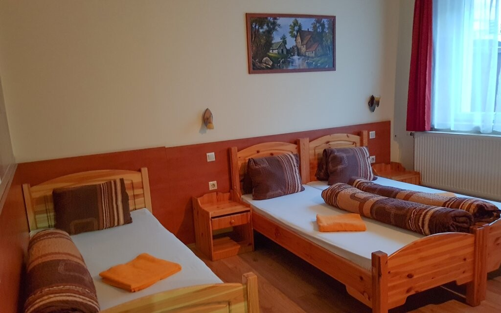 Pohodlné izby, Hungária Panzió, Miskolc Tapolca