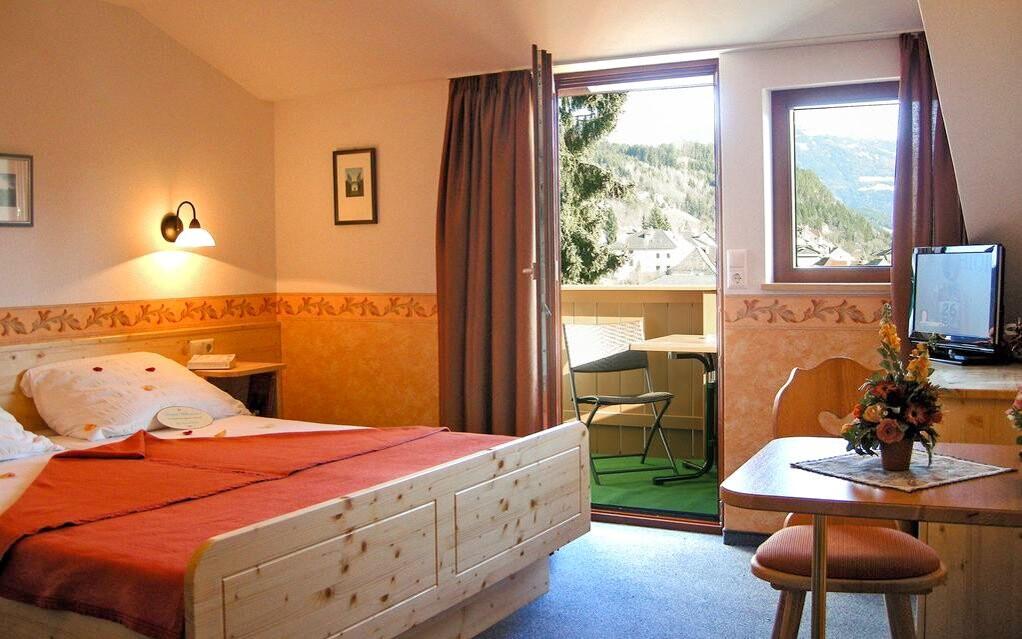 Dvojlôžková izba s balkónom, Hotel Staudacher Hof ***