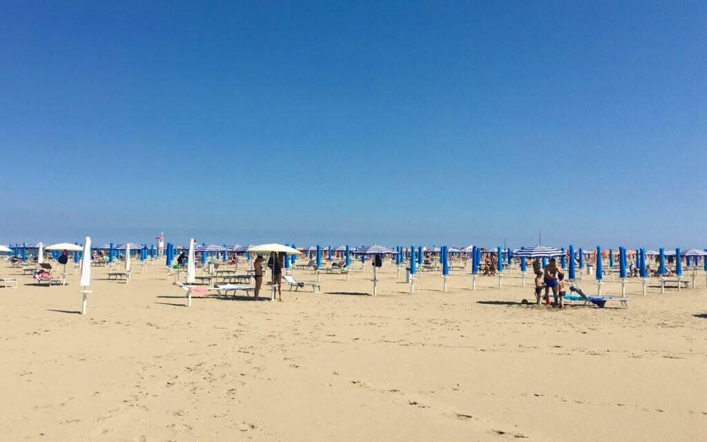 Pláž a more, Michelangelo Hotel, Lido di Spina, Taliansko
