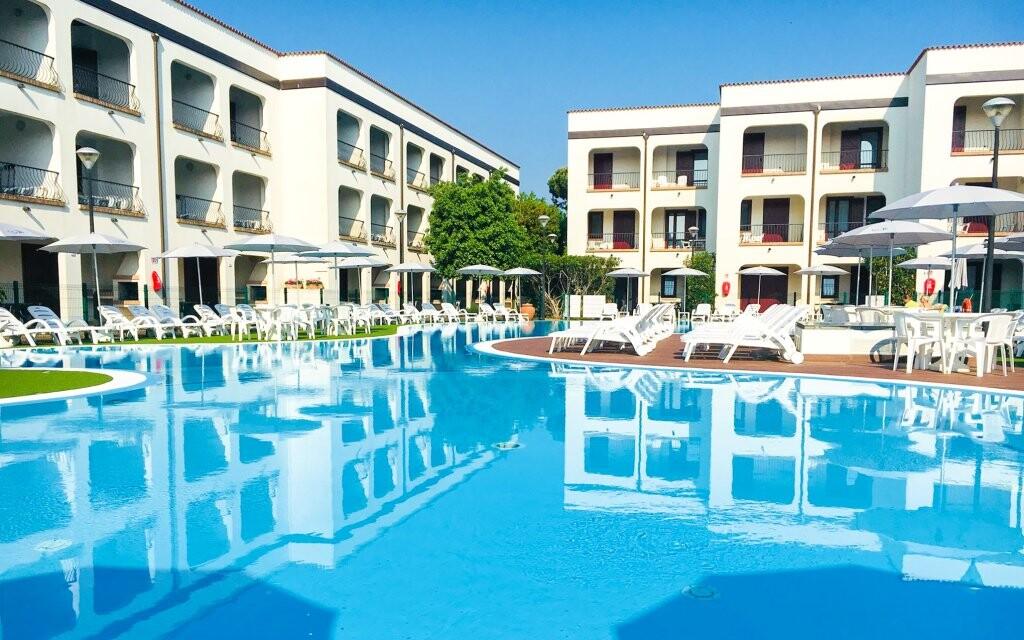 Vonkajší bazén, Michelangelo Hotel, Lido di Spina, Taliansko