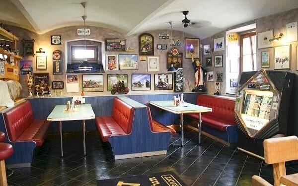 Bar, Resort Stein *** pri Františkových Lázňach