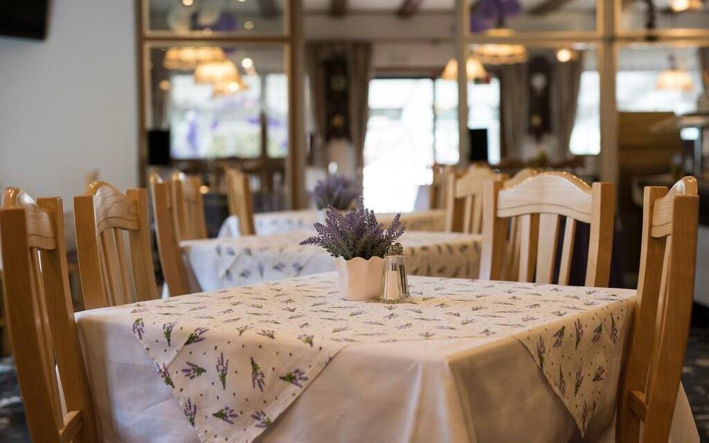 V reštaurácii sa podáva polpenzia, Haus Lavendel, Ossiach