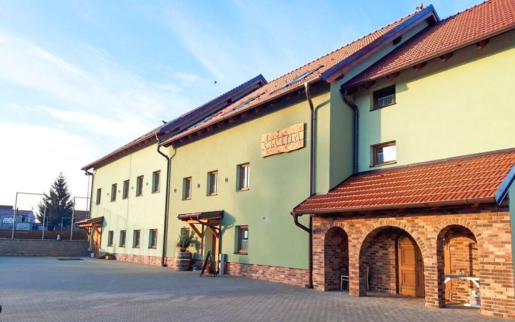Penzión Čičina, vinárska obec Tvrdonice, južná Morava