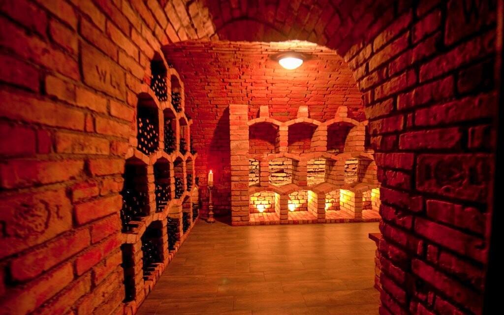 Vínna pivnica, víno, Penzión Čičina, južná Morava