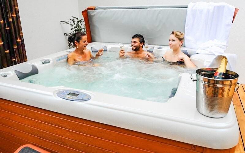 Vírivka, Hotel Ostredok ***, Jasná, Nízke Tatry, Slovensko