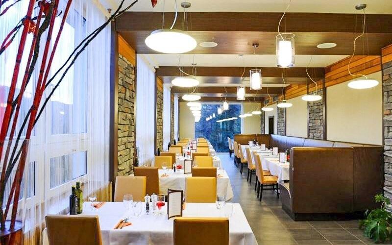 Restaurace s výhledem, Hotel Ostredok ***, Nízké Tatry