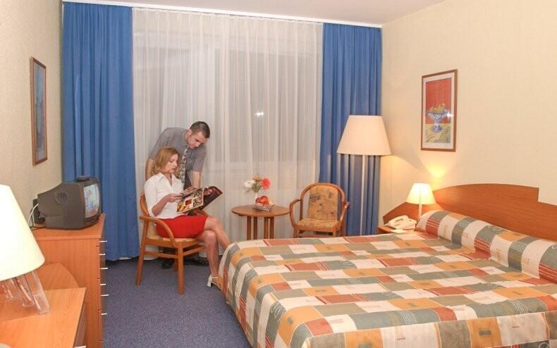 Komfortné izby, Hunguest Hotel Répce *** prepojený s kúpeľmi