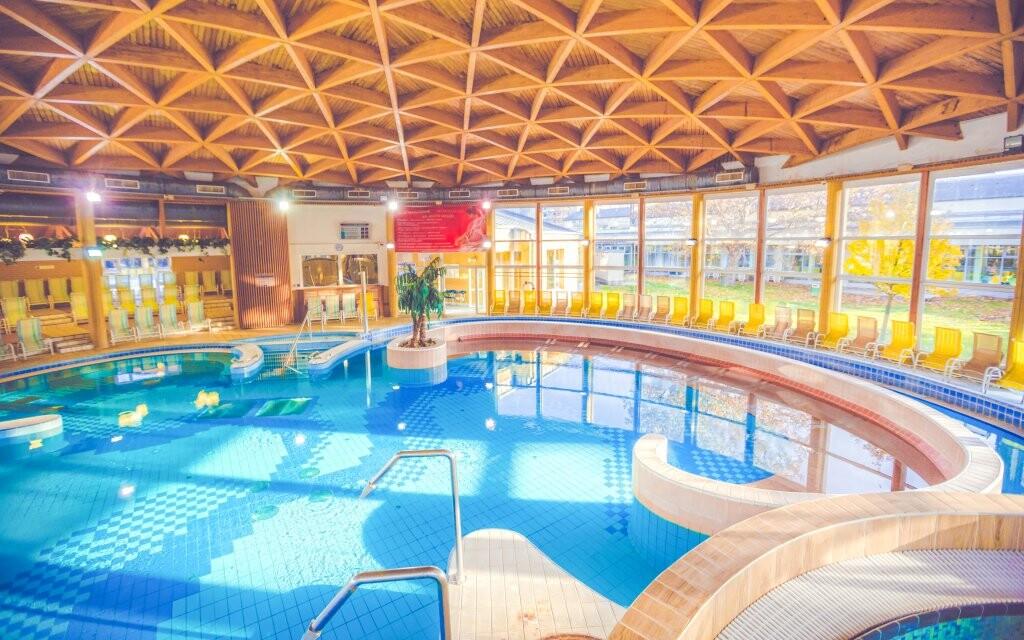 Hunguest Hotel Répce *** přímo propojený s lázněmi Bükfürdo