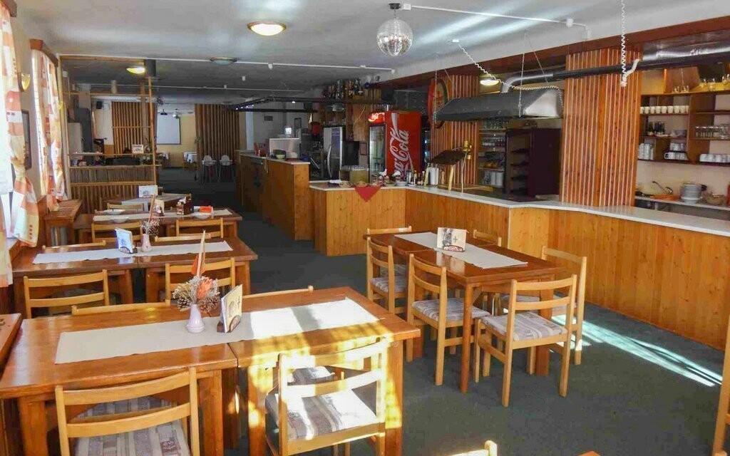 Polopenze v restauraci, Hotel Alfonska, Benecko, Krkonoše