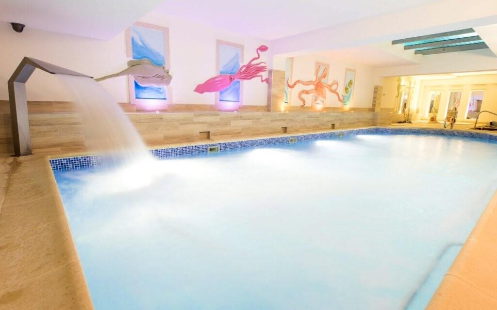 Bazén, wellness, Hotel St. Lukas Sanatorium ****