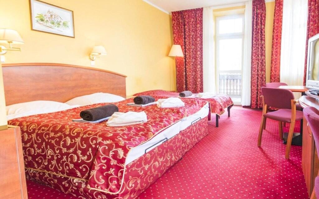 Izba s televízorom a chladničkou, Hotel St. Lukas Sanatorium