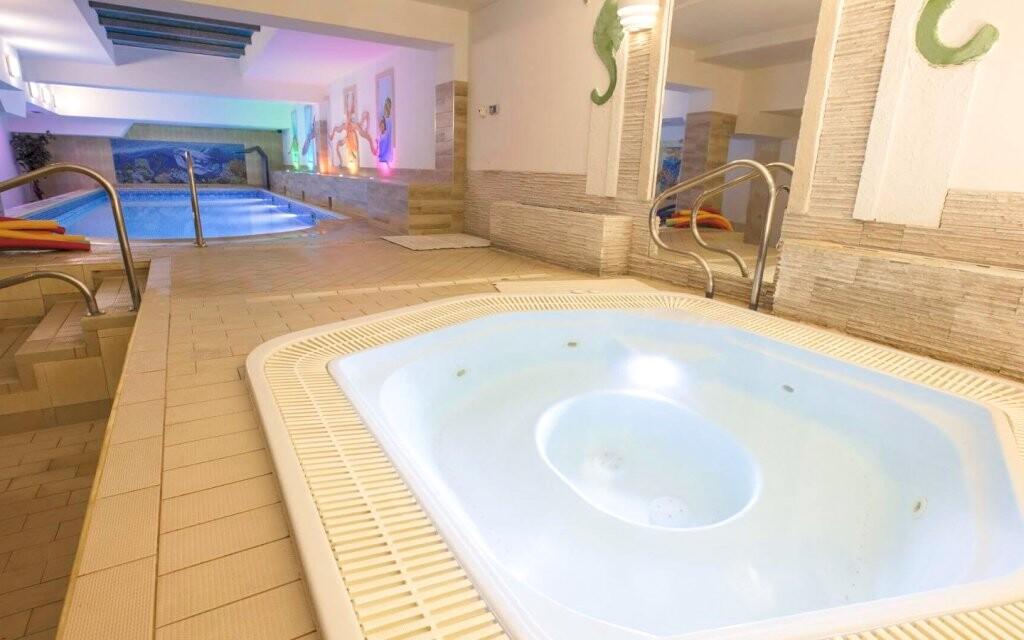 Vírivka, wellness, Hotel St. Lukas Sanatorium ****