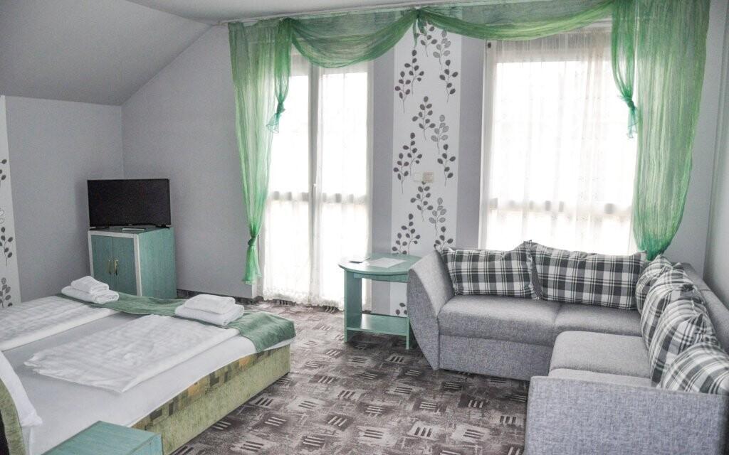Izby sú pohodlne zariadené, Wolf Panzió, Sárvár, Maďarsko